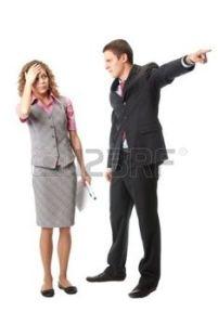 5997150-patron-rejette-employ--isol-sur-fond-blanc